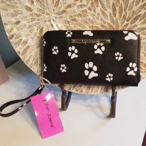 NWT Betsey Johnson Dog Cat Paw Prints Wallet